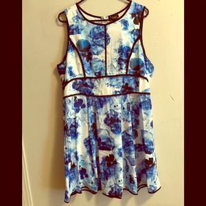 Suzanne Betro Blue Floral dress New